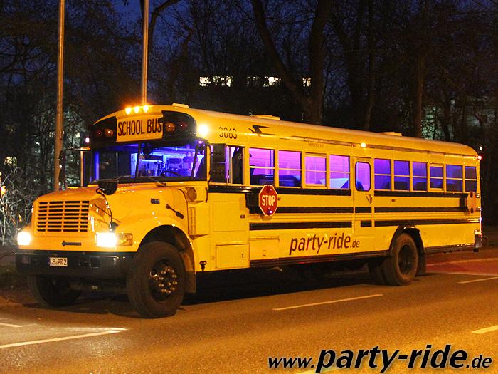 der Partybus von außen