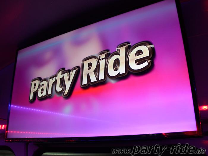 der Partybus von innen